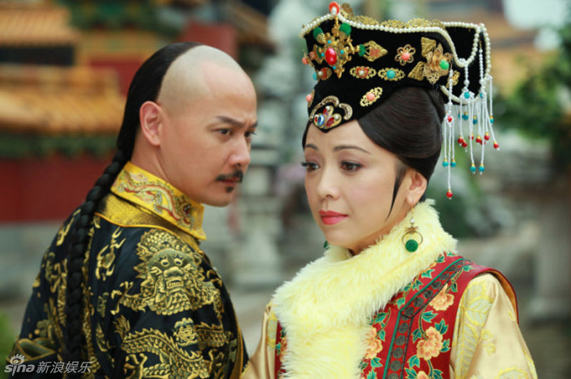 《新还珠格格》中的皇后邓萃雯-盘点﹕中外影视剧中的 后妈 人物