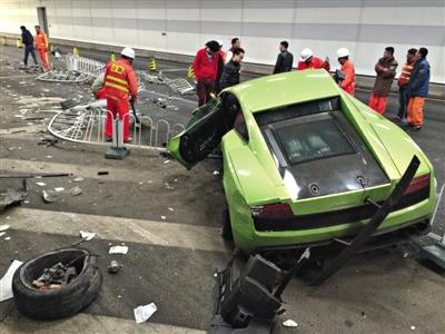 北京隧道车祸兰博基尼维修费至少200万 挂临时牌照