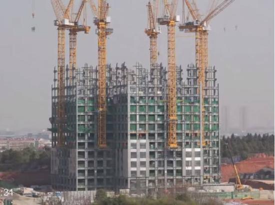 """长沙19天建成57层高楼 网友惊呼""""中国新常态"""""""