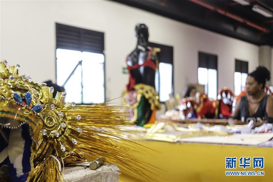 (国际·图文互动)(3)通讯:巴西舞校推出中国主题桑巴巡游