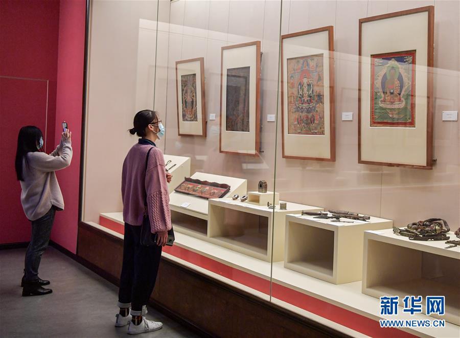 (社会)(2)四川博物院限流开放