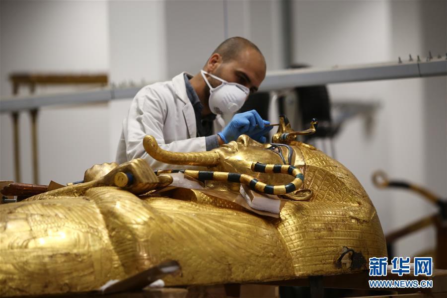 """(国际疫情)(1)""""我在埃及修文物"""""""