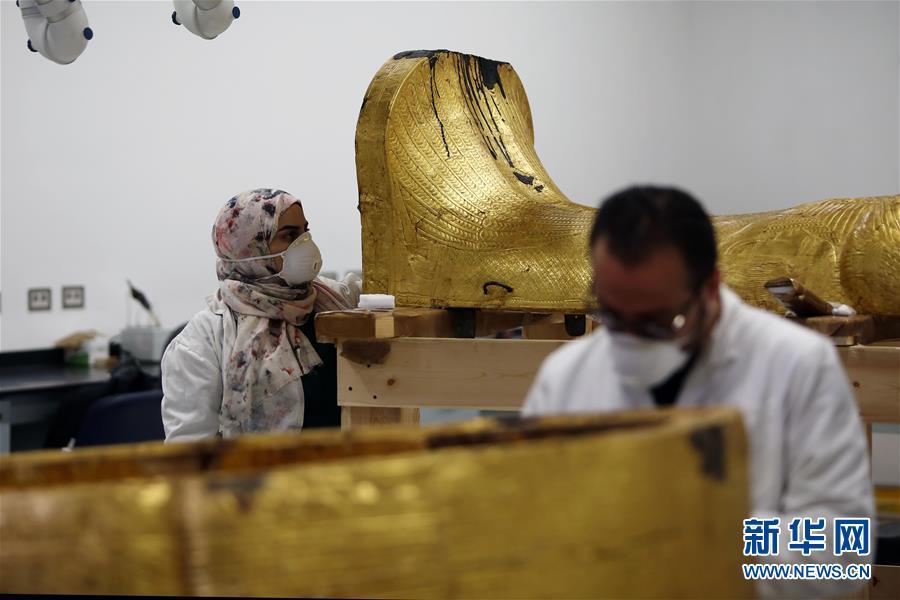 """(国际疫情)(3)""""我在埃及修文物"""""""