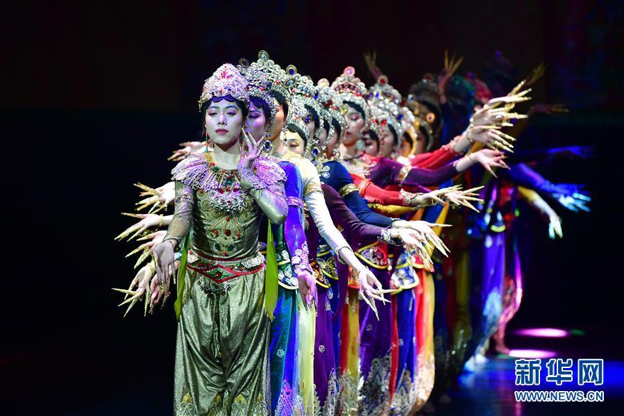 (文化)(1)藏族传统歌舞乐《金顶梵音-拉卜楞》恢复公演