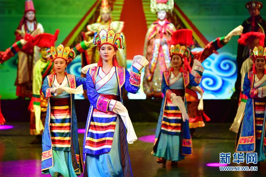 (文化)(4)藏族传统歌舞乐《金顶梵音-拉卜楞》恢复公演