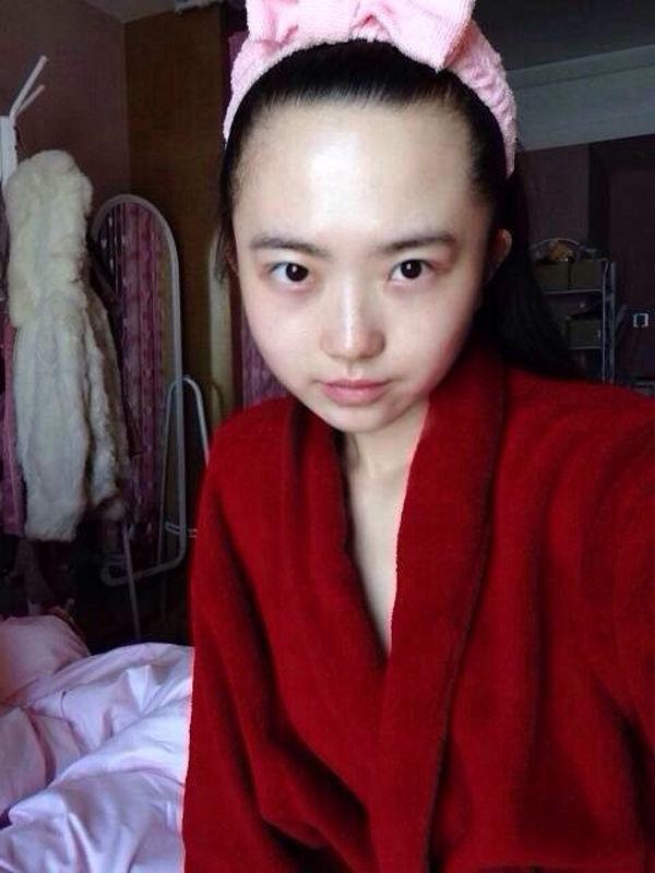 天山童姥附体 36岁少女肉身网络爆红 搜