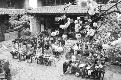 上海楹联学会会长姜玉峰:谈古话今说楹联