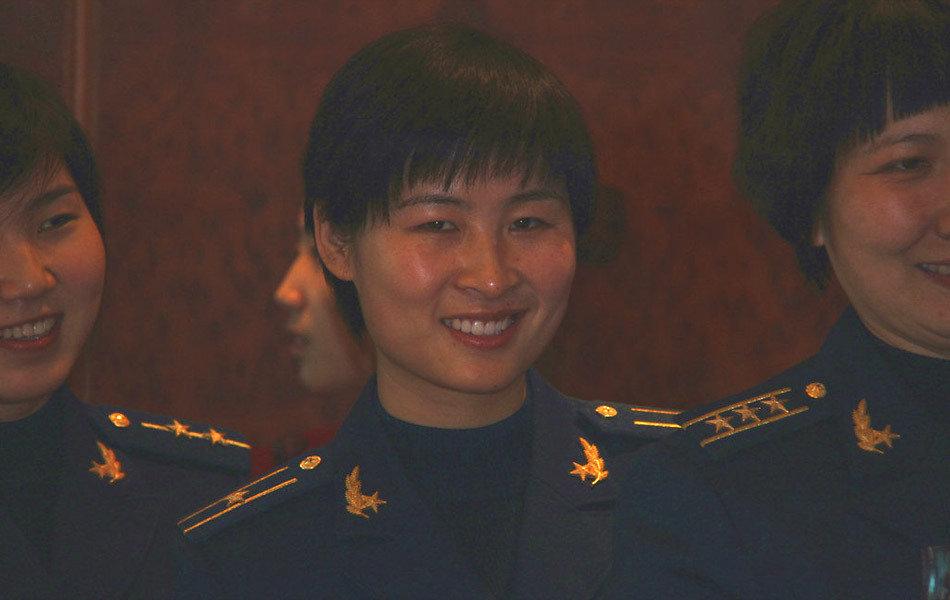 神九女宇航员候选人刘洋、王亚平简历图