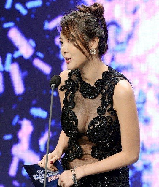 韩美女主持人秀性感 光明网