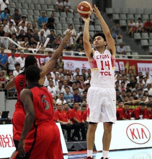 斯杯-中国男篮完胜安哥拉得季军