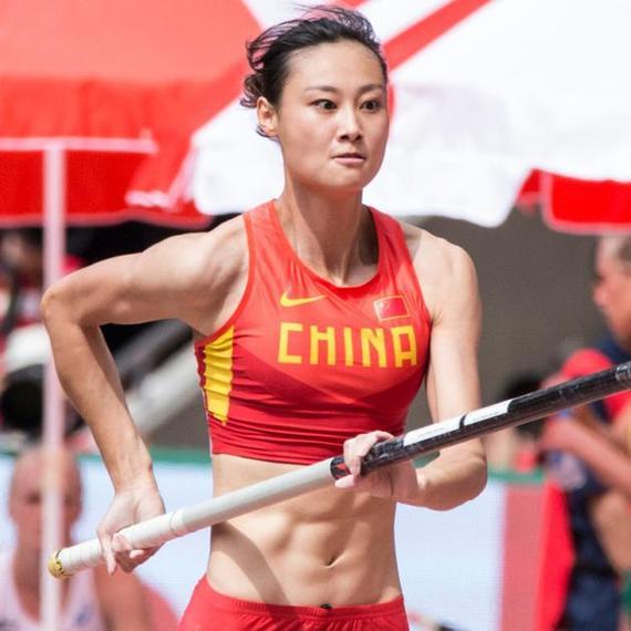 中国体育美女秀起来 李玲韦永丽引爆网络 综