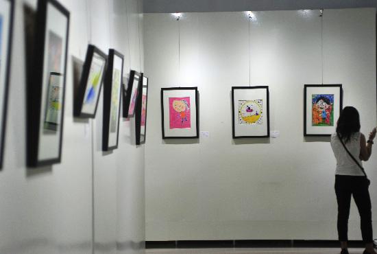 """北京市计划生育协会第二届""""宝贝计划""""儿童涂鸦比赛优胜作品展"""