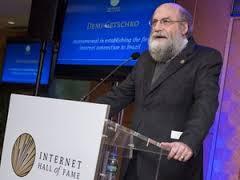 互联网名人堂入选人:大会关注互联网的可持续发展
